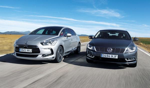 Delantera del Citroën DS5 y el Volkswagen CC