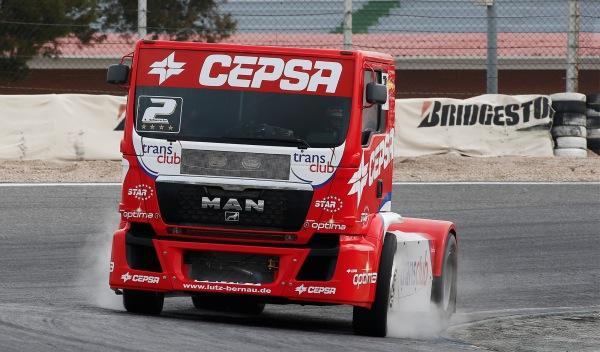 Equipo-Cepsa-de-Competición-camión