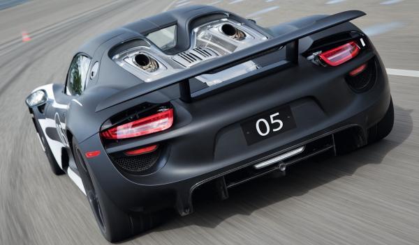 Porsche 918 Spyder zaga