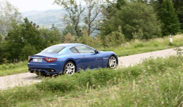 Maserati GranTurismo Sport exterior lateral