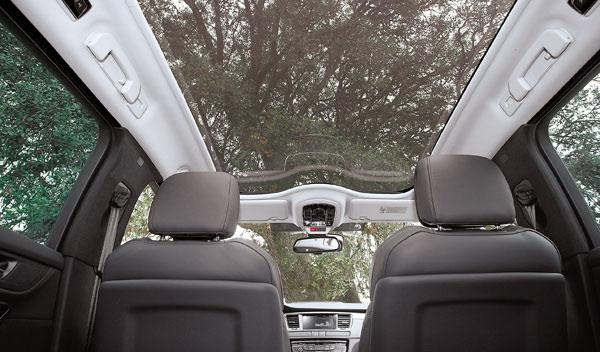 Techo panorámico del Peugeot 508 RXH