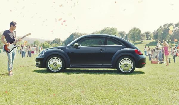 volkswagen beetle fender edition lateral