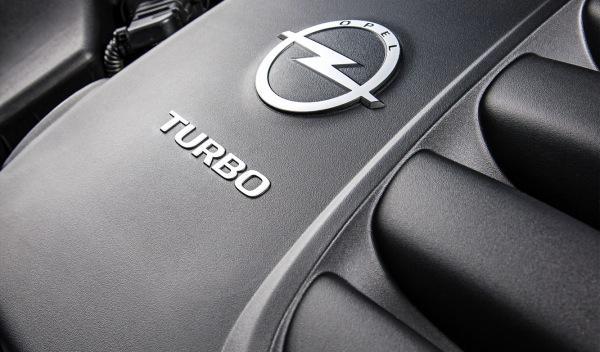 Opel Astra OPC detalle motor