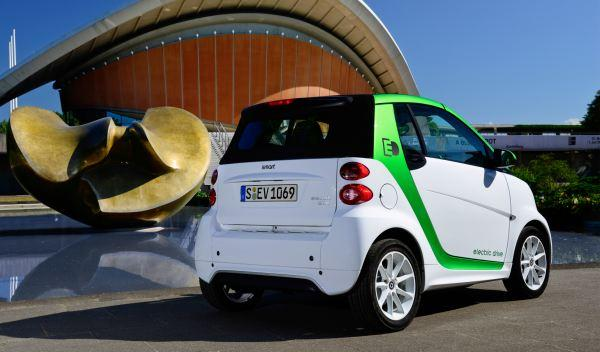 Smart electric Drive 2012 trasera