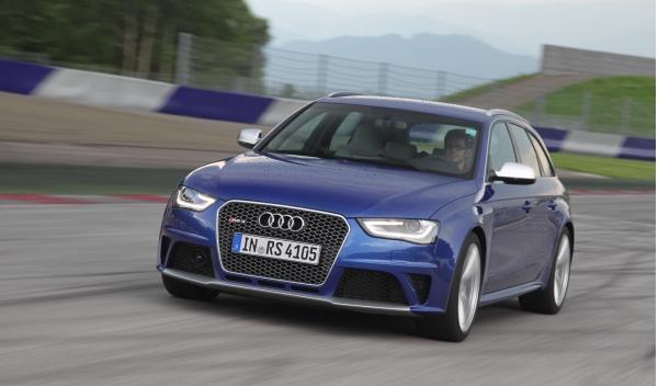 Audi RS 4 dinámica frontal