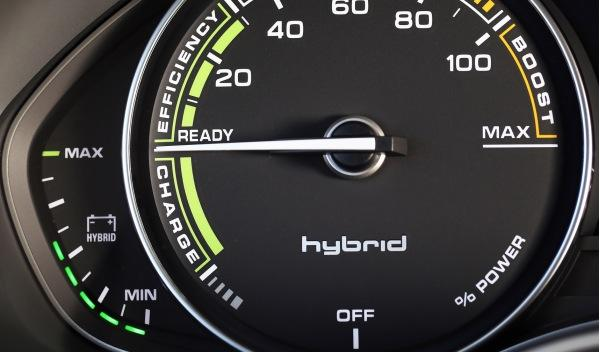 Audi A6 Hybrid interior detalle reloj