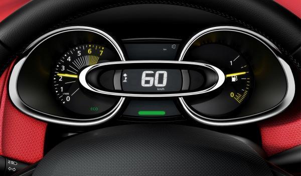 Renault Clio 2012 detalle interior relojes
