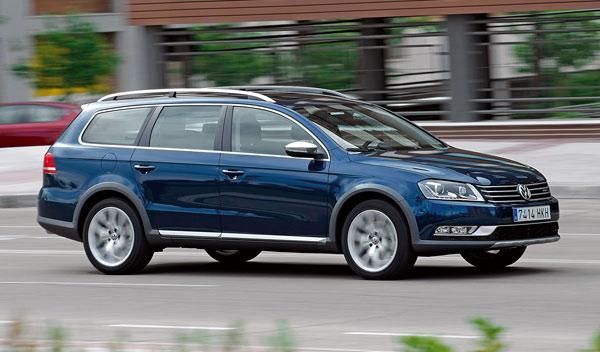 VW Passat Alltrack delantera