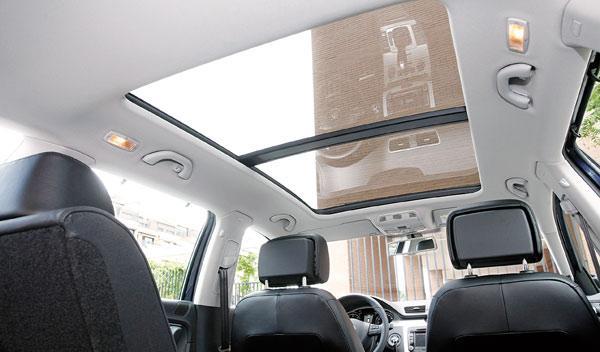 VW Passat Alltrack techo de cristal