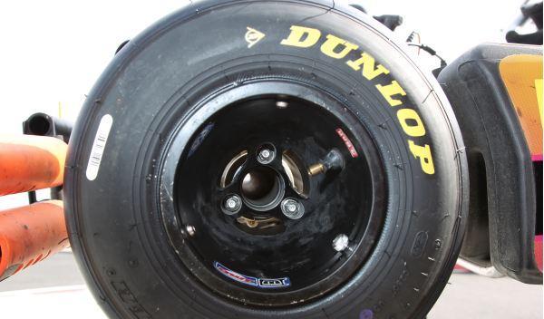 Kart de carreras-neumático