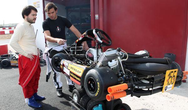Kart de carreras-boxes