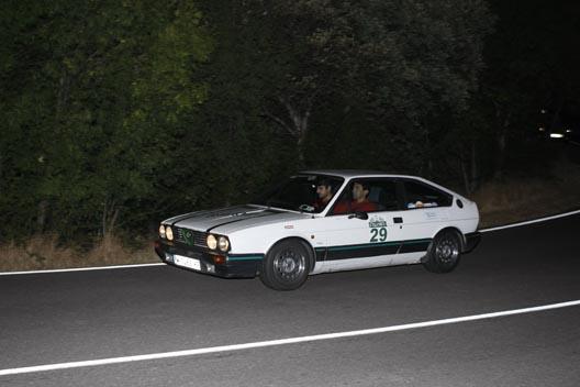El bonito Alfa Romeo GTV  I Clásica Autobild