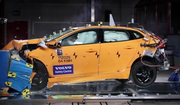 Volvo-V40-máxima-calificación-crashtest