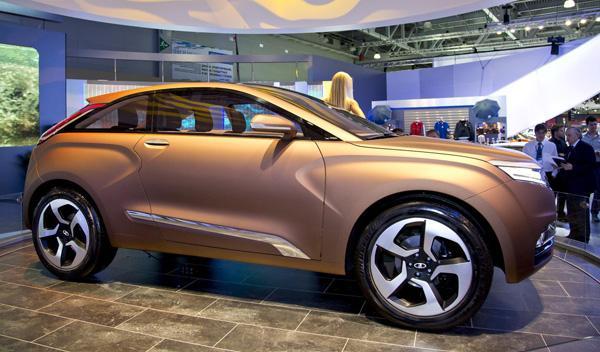Lada XRAY Concept Salon de Moscú 2012