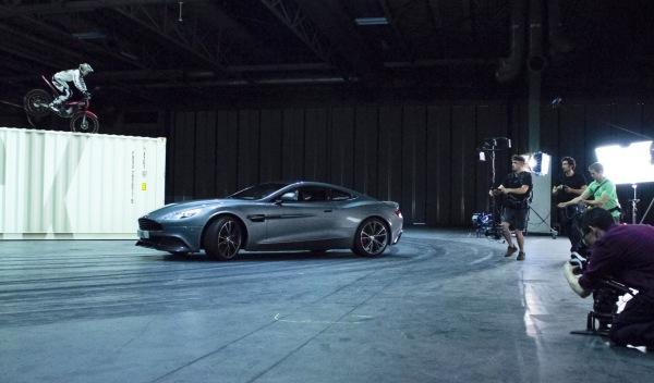 The-Stig-regresa-Top-Gear-moto