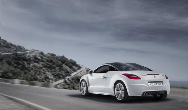 Peugeot RCZ 2012 dinámica trasera