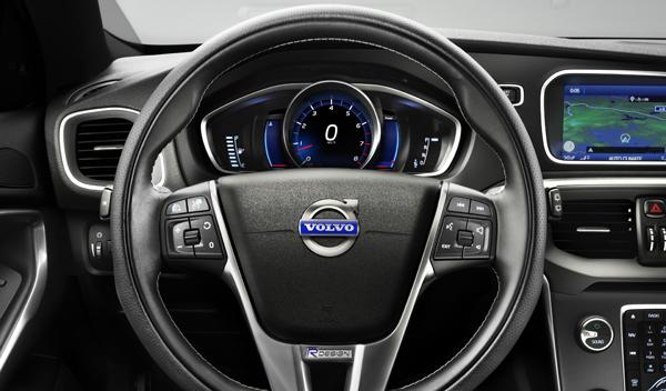 Volvo V40 R Design interior salpicadero