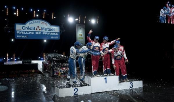 noveno título Loeb podio