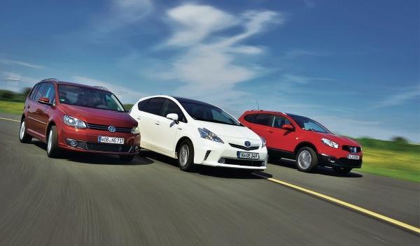Comparativa Nissan Qashqai, Toyota Prius y Volkswagen Touran
