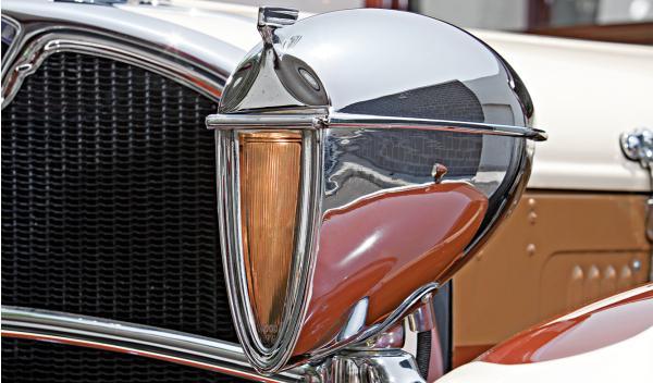 Ruxton Eight Sedan faros