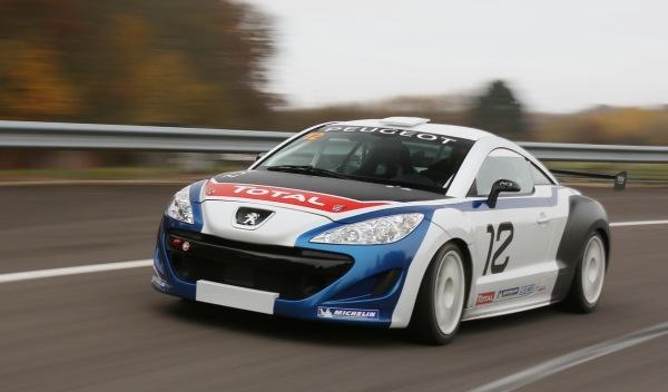Peugeot RCZ Racing Cup delantera