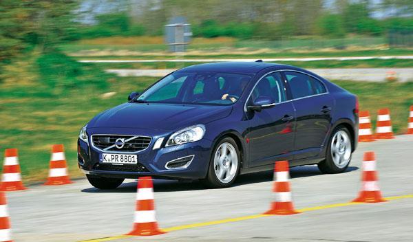 Mercedes Clase C y rivales
