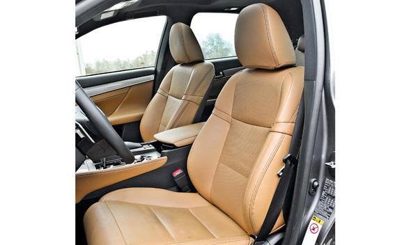 Lexus GS 450 h F-Sport asientos