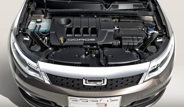 Qoros_3_Sedan_motor
