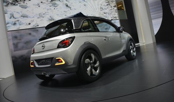 Opel Adam Rocks trasera salon ginebra 2013