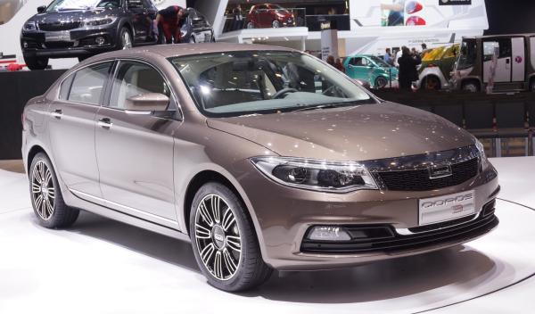 Qoros 3 Sedan Salon de Ginebra 2013