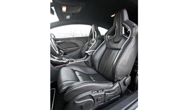 Opel Astra OPC asientos
