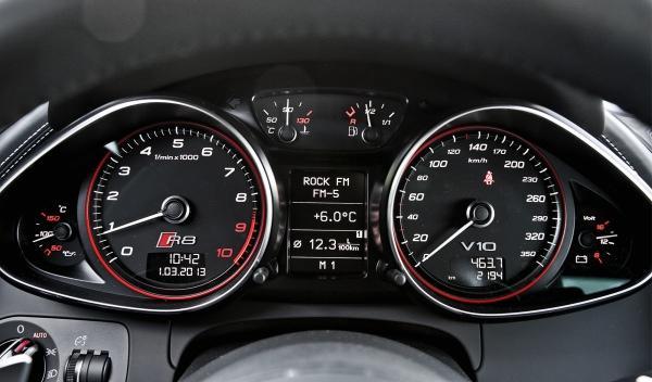 Audi R8 V10 S-Tronic relojes