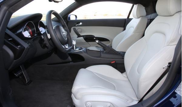 Audi R8 V10 S-Tronic asientos