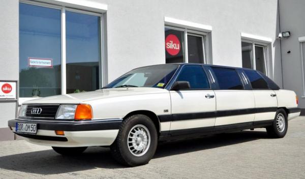 limusina Audi 100