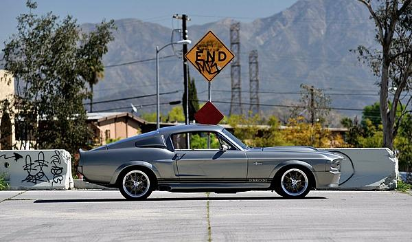 Ford Mustang Eleanor lateral