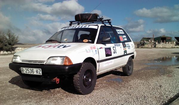 Nuestra pequeña 'bala blanca' para la Unidesert: un Citroën AX del año 1989