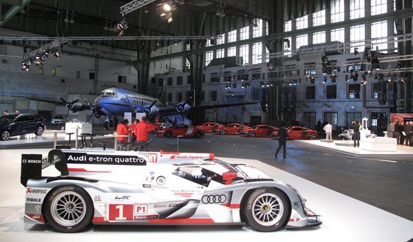 El Audi R-18 e-tron, un bólido de Le Mans, del que beberán los futuros Audi