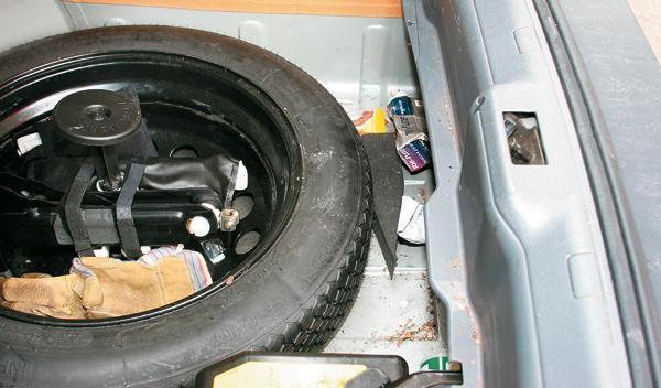 Cómo dejar tu coche como nuevo. Rueda de repuesto.