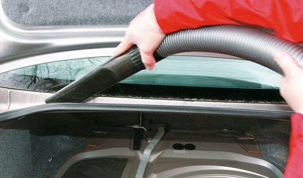 Cómo dejar tu coche como nuevo. Hojas.