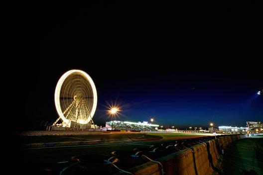 Le-Mans-noche-circuito