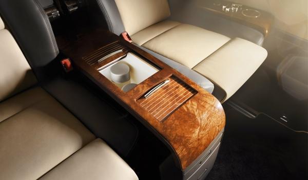 Volkswagen Multivan Business interior detalles