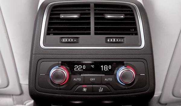 Audi A6 Allroad 3.0 TDI quattro S tronic, climatizador trasero