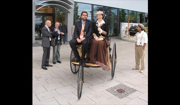 triciclo de Carl Benz en Salón de Frankfurt 2007