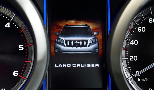 Toyota Land Cruiser 2014 pantalla