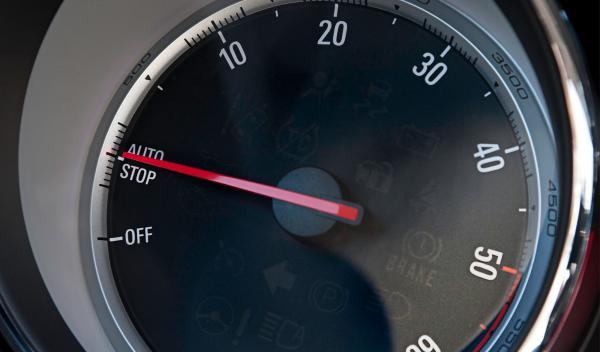 El Opel Zafira Tourer 1.6 CDTI 136 vendrá de serie con Start/Stop