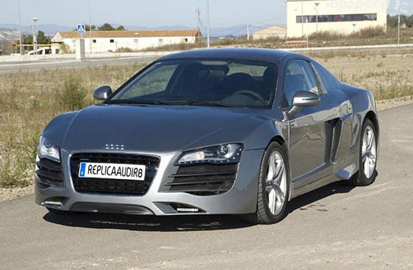Audi R8 replica