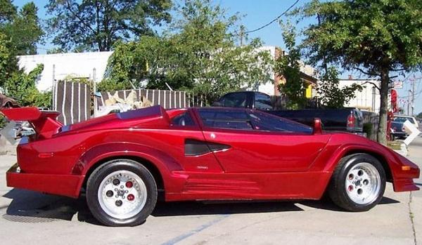 Lamborghini Countach falso