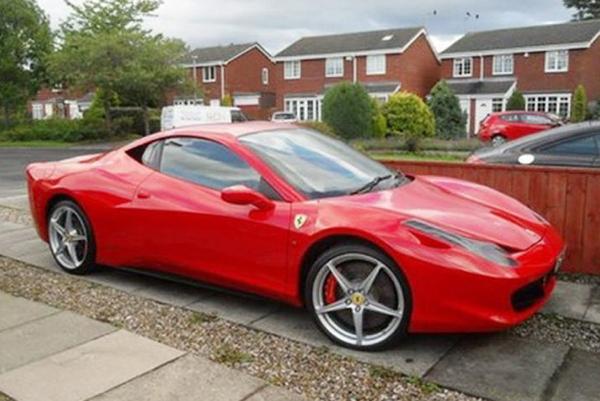 Ferrari 458 Italia falso