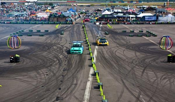 Ken-Block-Gymkhana-GRID-2013-BMW-Serie-3-pruebas-uno-contra-uno