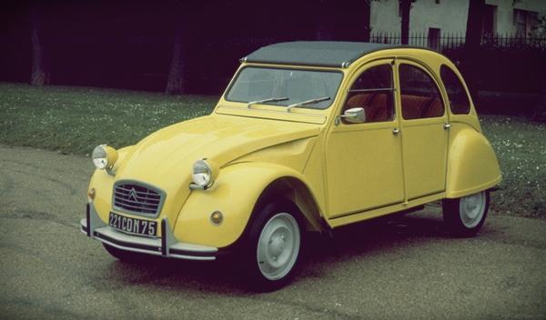 Los 13 coches más terroríficos para concudir Citroën 2 CV